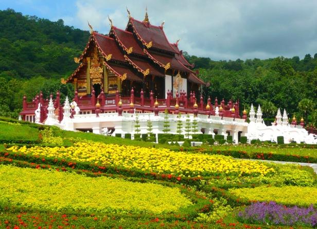 Royal Flora Ratchaphruek Garden
