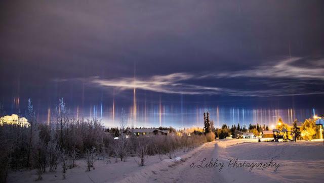 pilar cahaya membentang di alaska