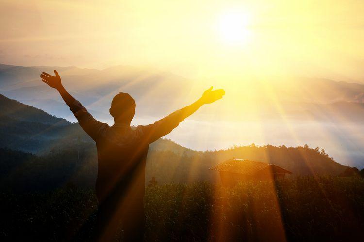 Kelas XII: Q.S. Luqman/31: 13-14 tentang Kewajiban Beribadah dan Bersyukur kepada Allah