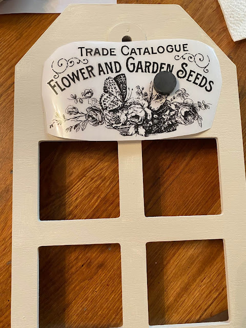 Photo of decor transfer on painted tag photo frame
