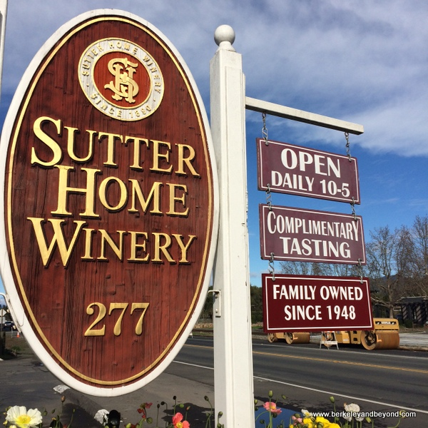 sign for Sutter Home Winery in St. Helena, California