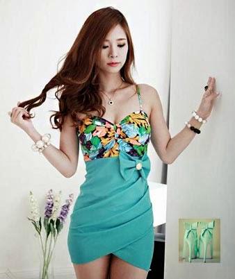 d2ad6c163140f çiçekli fiyonklu yeşil dar mini elbise ve yeşil ayakkabı modeli kıyafet  kombini