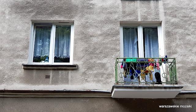 Warszawa Warsaw ulice street kamienica kamienice architektura Stary Mokotów zabudowa architecture przedwojenne balkon pranie