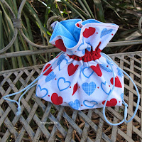 http://www.threadingmyway.com/2014/11/drawstring-bag-to-hold-french-knitting.html