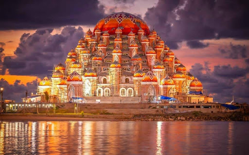 Makassar 99 Dome Mosque, a New Icon of South Sulawesi that Looks Beautiful and Charming