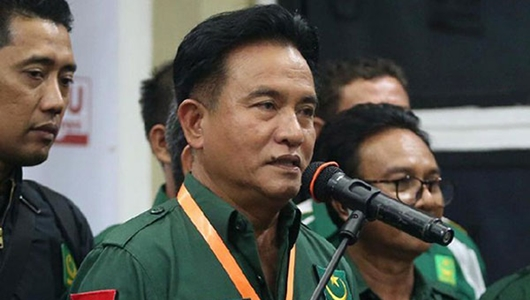 Yusril Ajari Khusus Jokowi Materi Hukum dan HAM untuk Bekal Debat