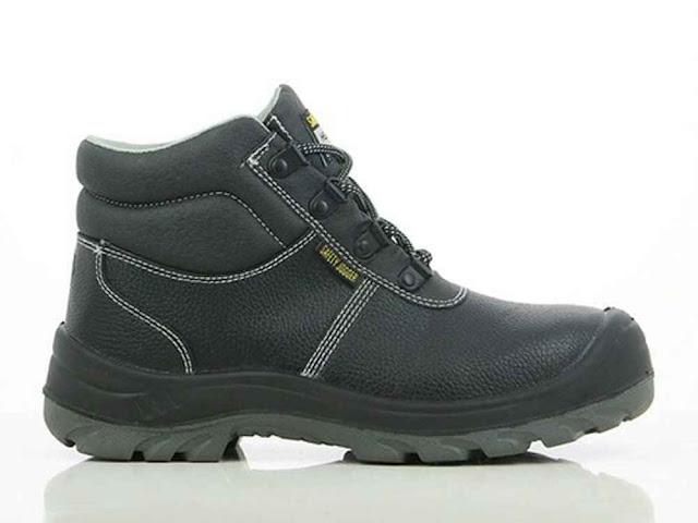 9 Tips Memilih Sepatu Safety yang Benar dan Tepat