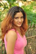 Aarthi glamorous photo gallery-thumbnail-21