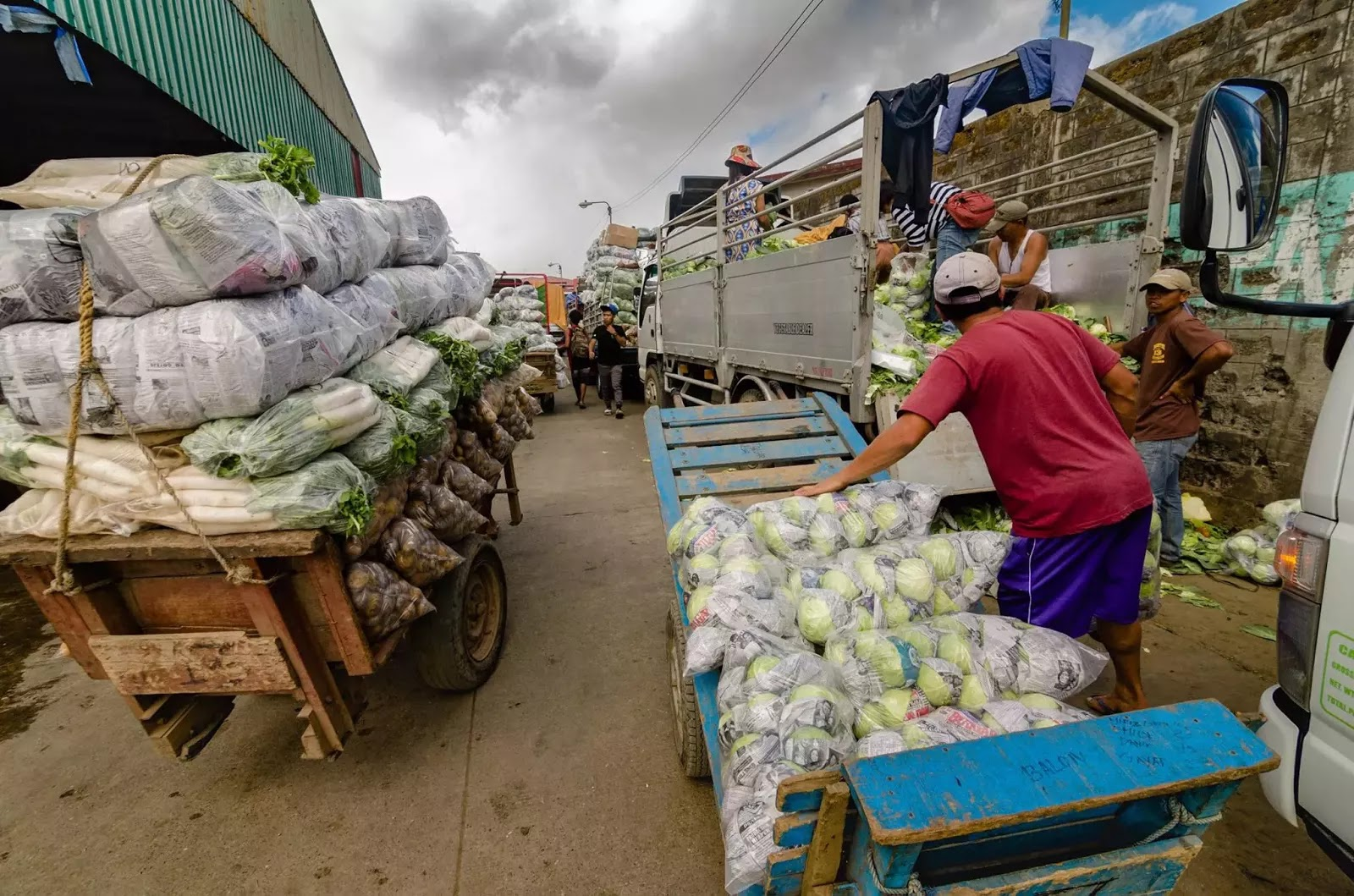 Fully Loaded Vegetable Produce Porter Carts Trading Post La Trinidad Benguet Cordillera Administrative Region Philippines