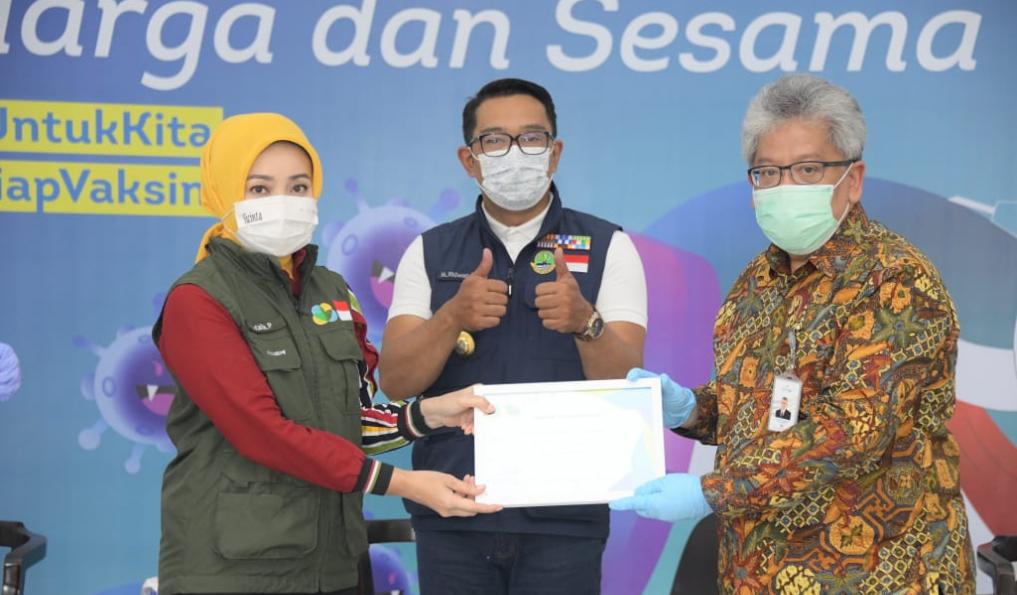 Sejumlah Donatur Serahkan Bantuan Ke Jabar Bergerak Untuk Penanggulangan Bencana
