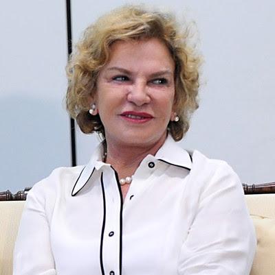► Dona Marisa, ex-primeira-dama, morre em SP▼