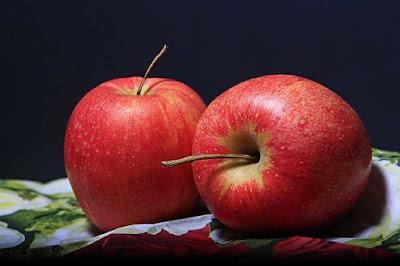 هل التفاح يسبب الامساك؟