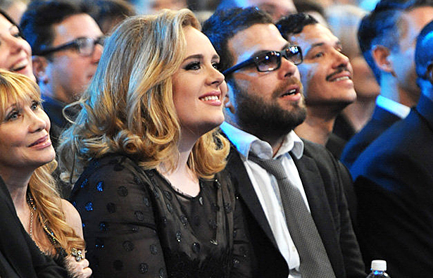 ALL ABOUT HOLLYWOOD STARS: Adele With Her Boyfriend Simon