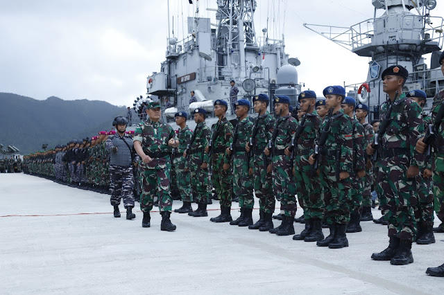 Pangkogabwilhan I Pimpin Gelar Pasukan Pengamanan Laut Natuna di Paslabuh