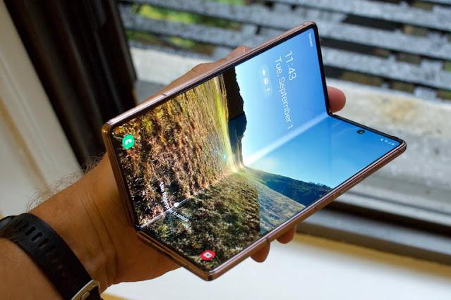 أفضل هاتف ذكي قابل للطي: Samsung Galaxy Z Fold 2 5G