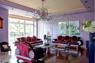sala paredes lilas
