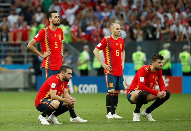 Spain knocked out of the Round of 16 by Russia