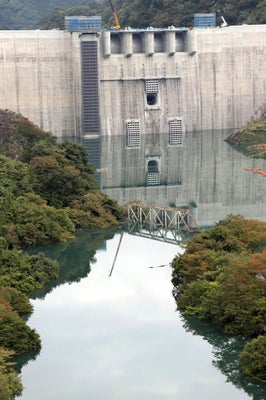 八ッ場ダム、一気に「満水まで10m」…台風で54m上昇