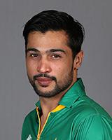 पाकिस्तान के तेज गेंदबाज मोहम्मद आमिर ने टेस्ट क्रिकेट को कहा अलविदा