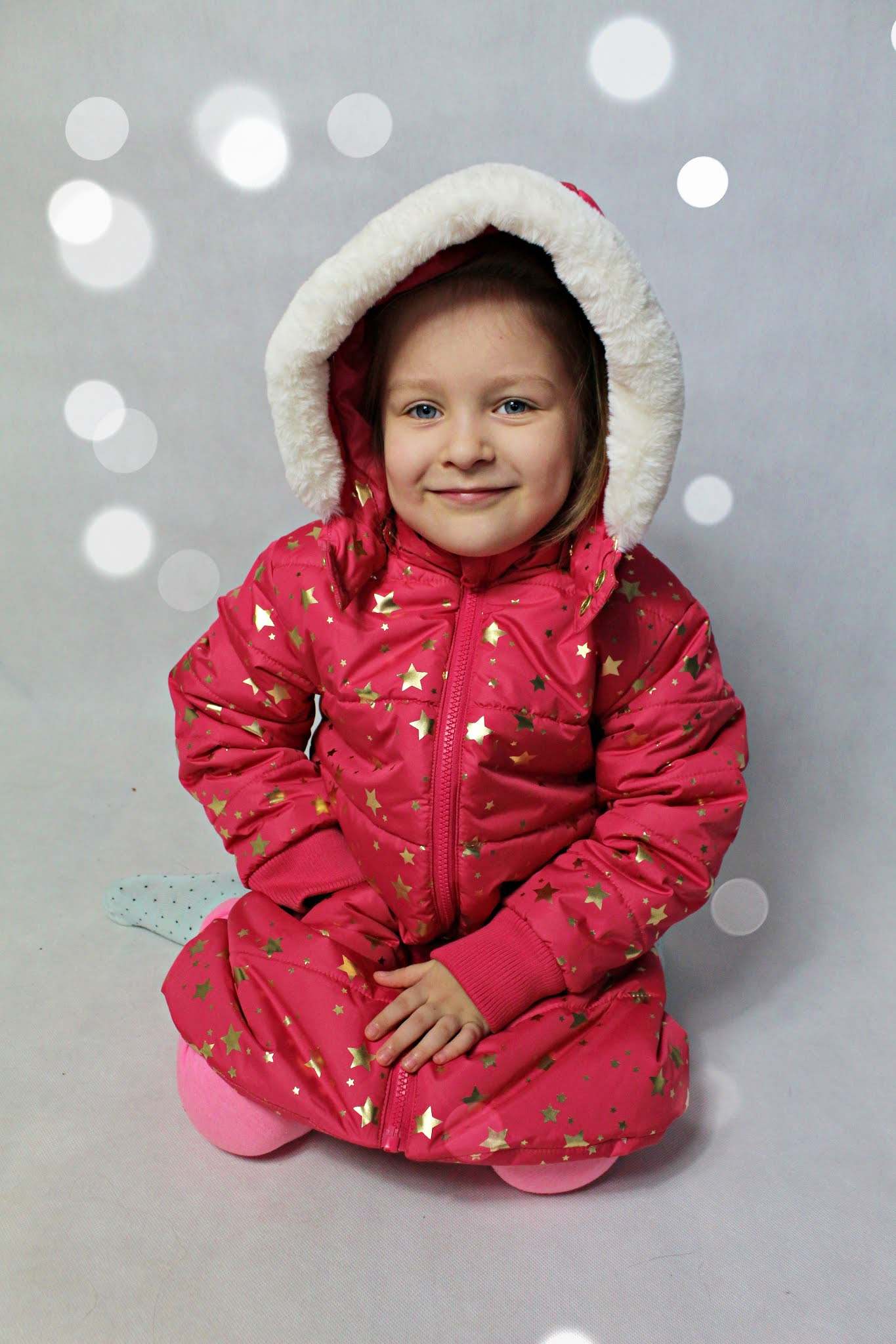 Kurtka zimowa dziewczęca ze sztucznym futerkiem - bonprix