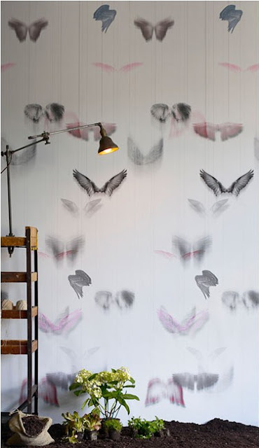 A gorgeously intricate design from Trove wallpaper