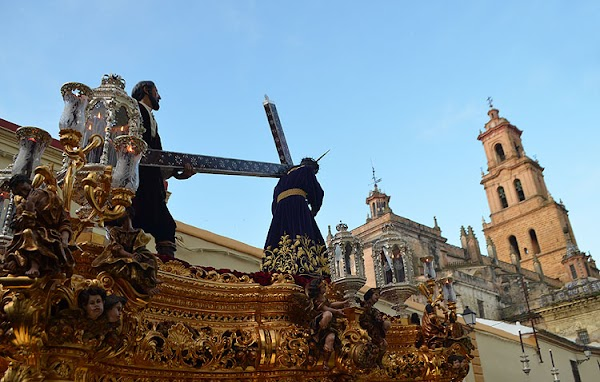 The brotherhood of Jesús Nazareno de Utrera hopes to release its new band of bugles and drums at Easter in 2021