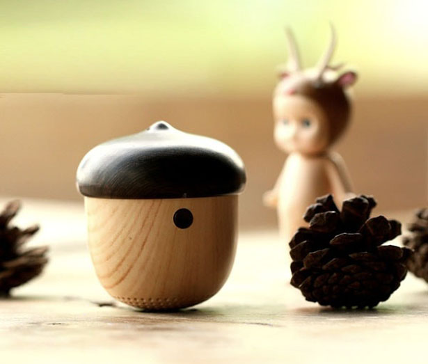 chestnut bluetooth speaker