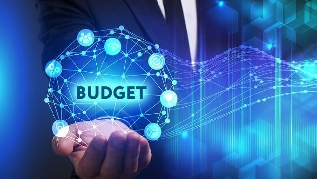 how startups should manage it spending information technology budget