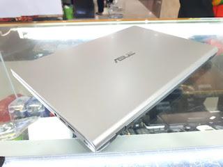 ASUS M409DA RAM 4GB HDD 1TB Silver AMD Athlon Mulus Fullset