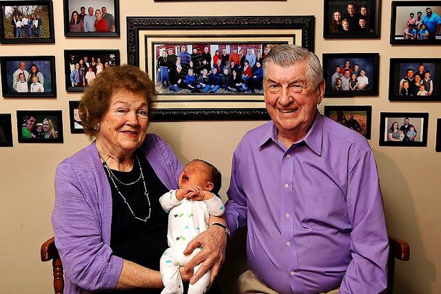 12 детей, 53 внука, 46 правнуков и 1 праправнук – уникальная семья из Штатов