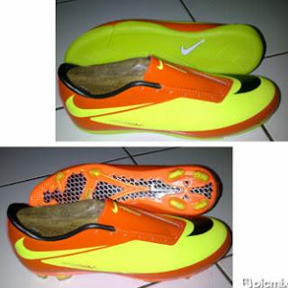 Sepatu Bola Nike Hypervenom