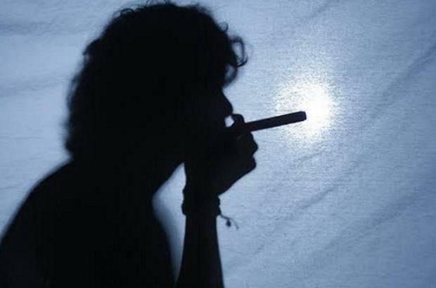 Salud mental: consumo de tabaco puede aumentar el riesgo de ansiedad