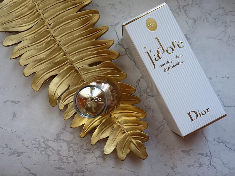 Dior J'ADORE Eau de parfum infinissime new 2021