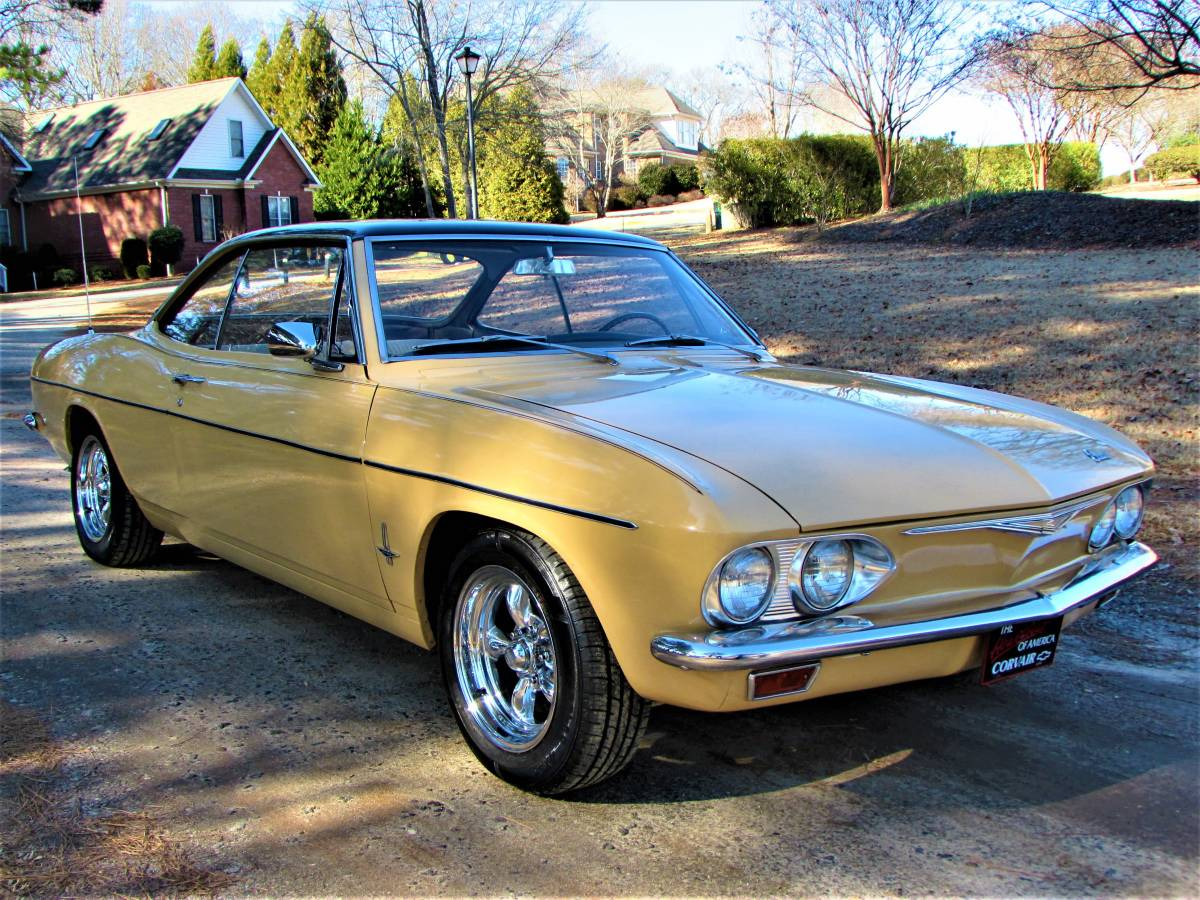 Base 2-Speed: 1965 Chevrolet Corvair