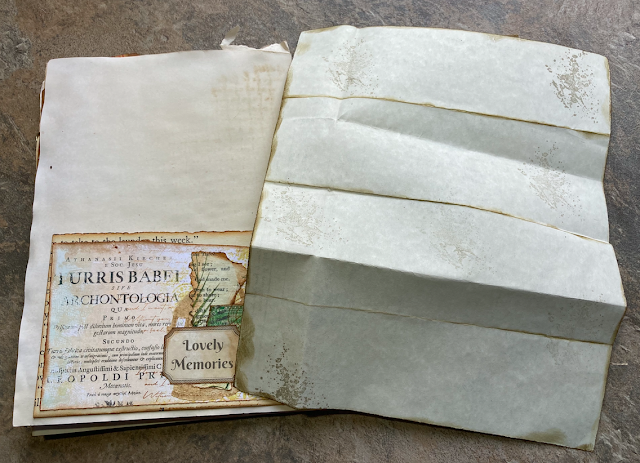 Junk Journal: Pockets & Ageing Documents