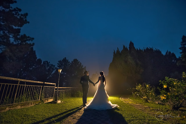 street light wedding