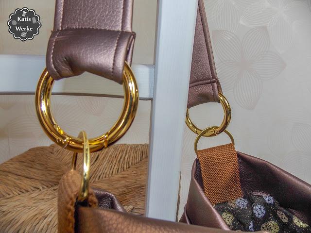Taschenringe wurden verwendet um den Trageriemen zubefestigen