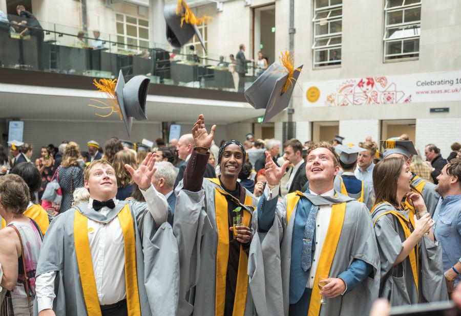 منح جامعة SOAS في لندن للطلاب الدوليين