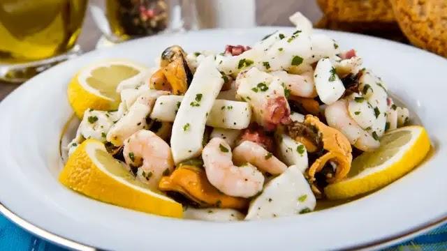 Lemony Seafood healthy Salad recipe