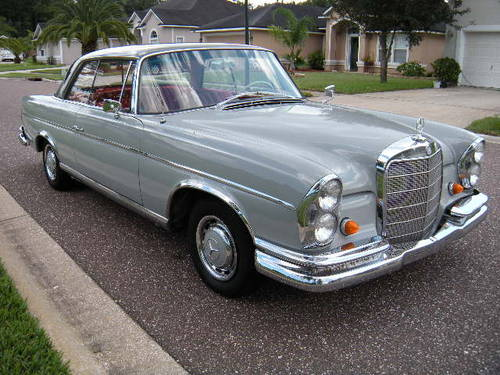 Retro cars worldwide: Mercedes 300SE Coupe Left hand drive