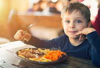5 أطباق ومشروبات لذيذة وصحية تمنح طفلك الدفء في الشتاء