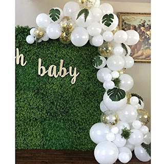 Green wood background & organic balloon garland and personalize sign