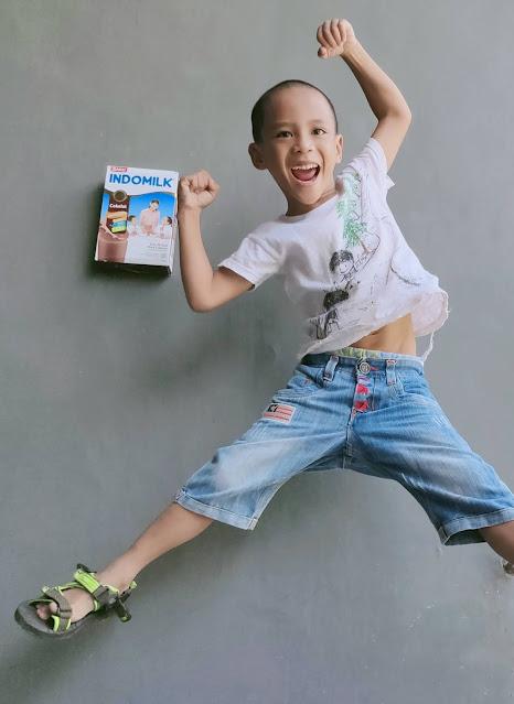 Indomilk Susu Bubuk bikin anak tinggi tangguh tanggap