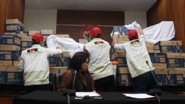Penyidik KPK yang Diduga akan Dipecat Tangani Kasus Korupsi Kakap