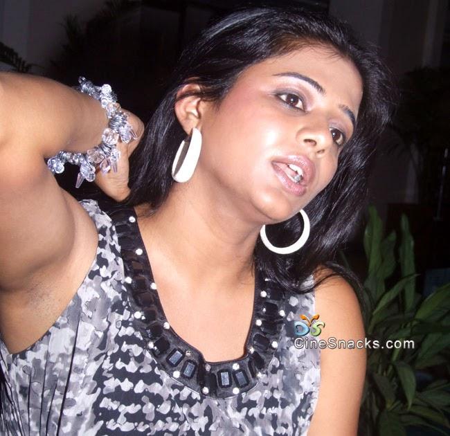 priyamani hot armpits