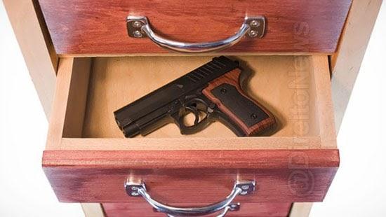 busca arma crime autoriza invasao domicilio