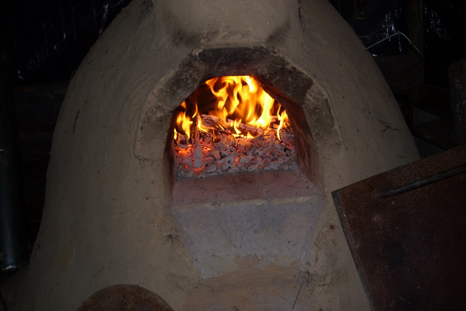 With The Unusually High Temperatures We Had For The Last Few Daysit Seemed Like A Good Time To Use Our Mud Oven For Some Of Our Thanksgiving Day Meal And