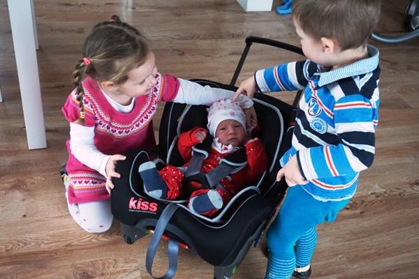 fotelik samochodowy, noworodek, klippan kiss 2, dzieci, newborn