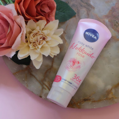 NIVEA Hokkaido Rose Whip Facial Foam