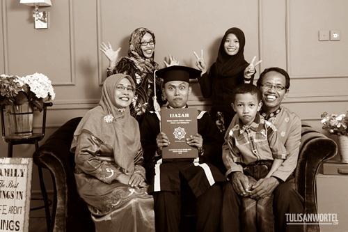 foto heru arya dan keluarga